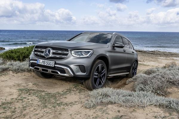 Стекло фары Mercedes-Benz GLC x253 (2016 - 2018)