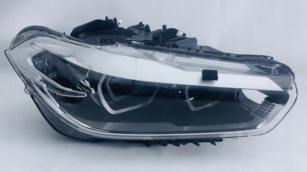 Стекло фары BMW X2 F39